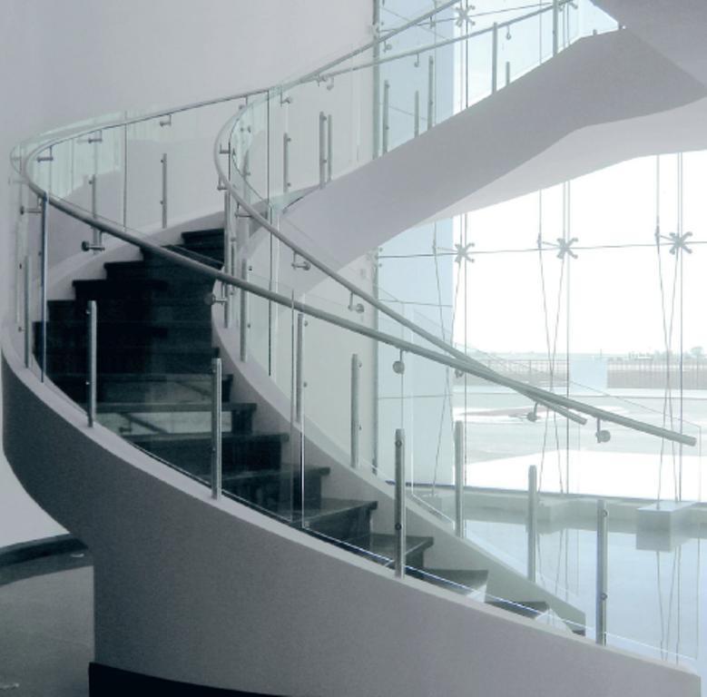 Barandal4 vidrios templados plus - Escaleras de cristal templado ...