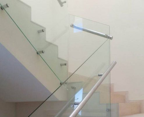 """pasamanos de vidrio templado con tubo de 2"""""""