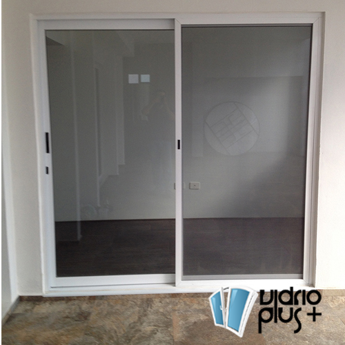 Puerta Corrediza 2 pulg. de Lujo Aluminio Color Bco., Vidrio Claro 6mm